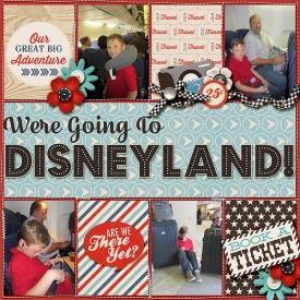 2014Oct15-Disneyland-Traveling-right.jpg