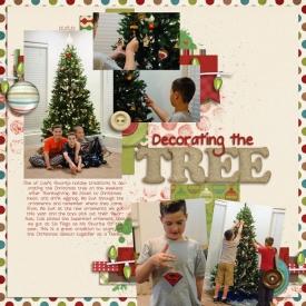 decorating-tree-2012-wr.jpg