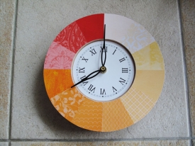 hybrid_clock_orange_01_small.jpg