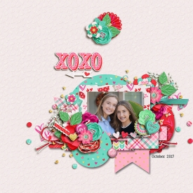 xoxo_700web1.jpg