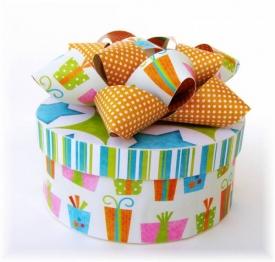 Birthday_Gift1_1000.jpg