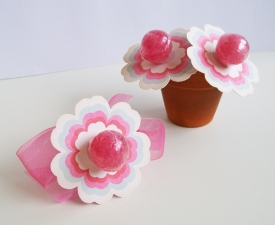 V-Day_flower-lollies_600.jpg