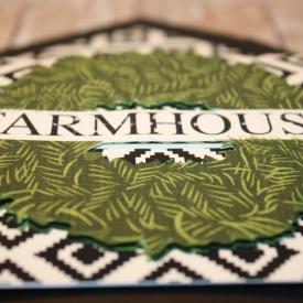 Farm_house_wreath_details.jpg