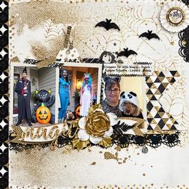 2018_1031_HalloweenCostumes-w.jpg