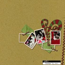 Christmas_Kitten.jpg