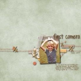 Elle-Camera-Web.jpg