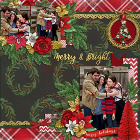 Family2019_ChristmasKids_700x700_.jpg