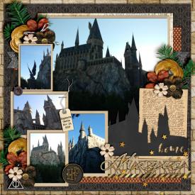 Hogwarts-Castle-IOA-Nov-19_-2019_-smaller.jpg