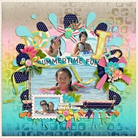 eve-20090808-pool-summertime-fun-web.jpg