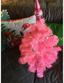 pink_tree_400kb.jpg