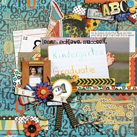 kindergarten-graduatelbw-mk-fdd700.jpg