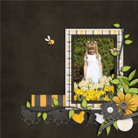 August_10_-_black_yellow_stripes_700_x_700_.jpg