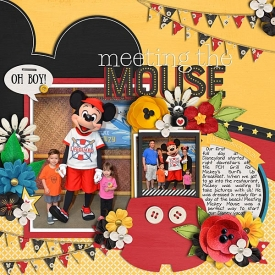 2016-05-17-Mickey-at-PCH-Grill-1-web.jpg